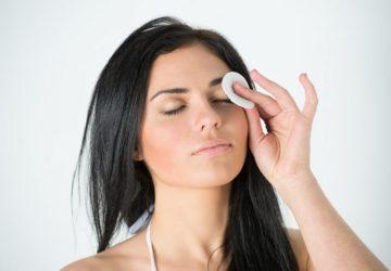Cotton pad makeup
